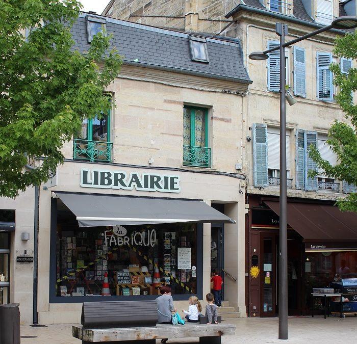 Albin Michel Imaginaire est en tournée libraires jusqu'au Speed Dating des Imaginales. Une autre façon de découvrir l'est de la France. Deuxième étape : la librairie La Fabrique à Bar-Le-Duc.